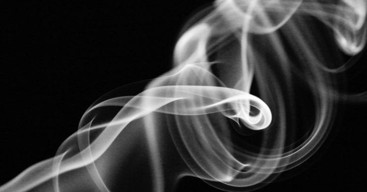 What Is E-Cigarette Vapour and How Is It Made? | bluu